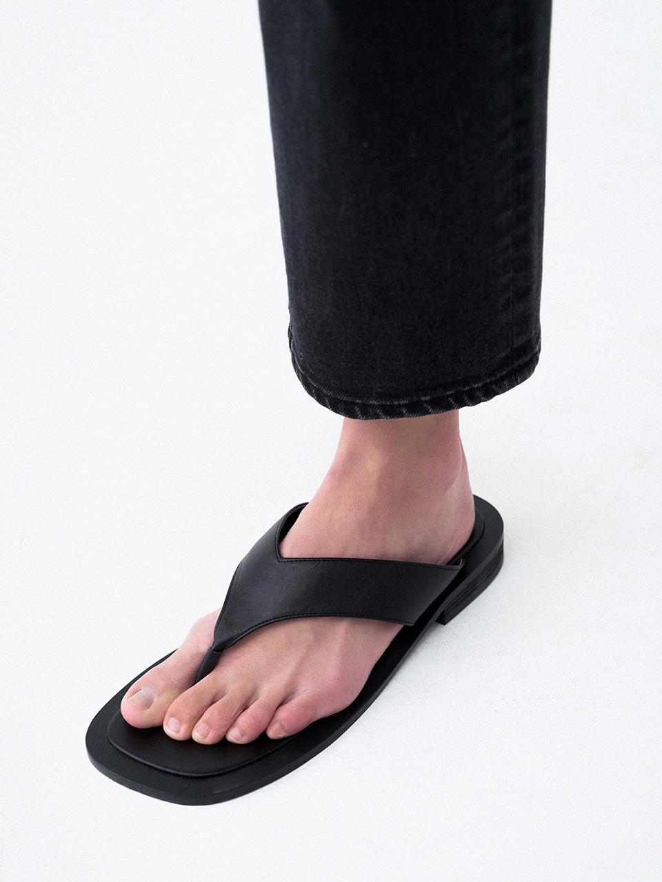 Square Toe Flip-flops Slides Black