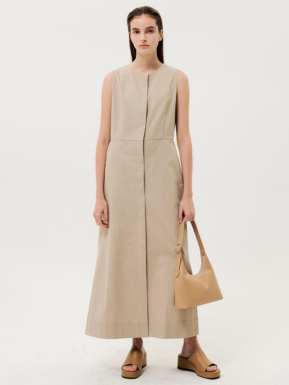 Cocoon Line Sleeveless Dress Beige